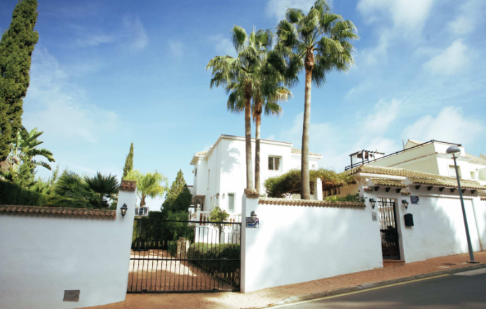 frontline villa